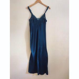 Vintage Victoria's Secret Gold Label Chemise Gown